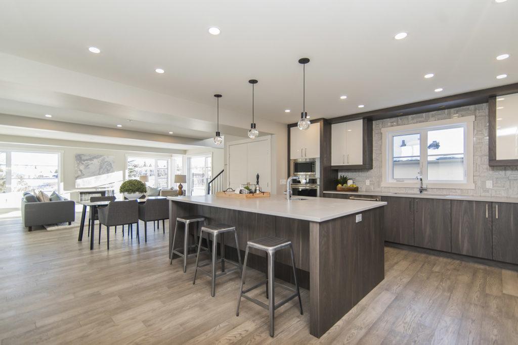 Teyo Diseños: cocina blanca y gris de madera
