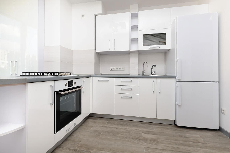 Teyo Diseños: armarios a medida para una cocina pequeña
