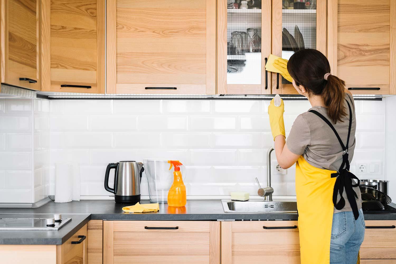 Teyo Diseños: limpieza de cocina superficial