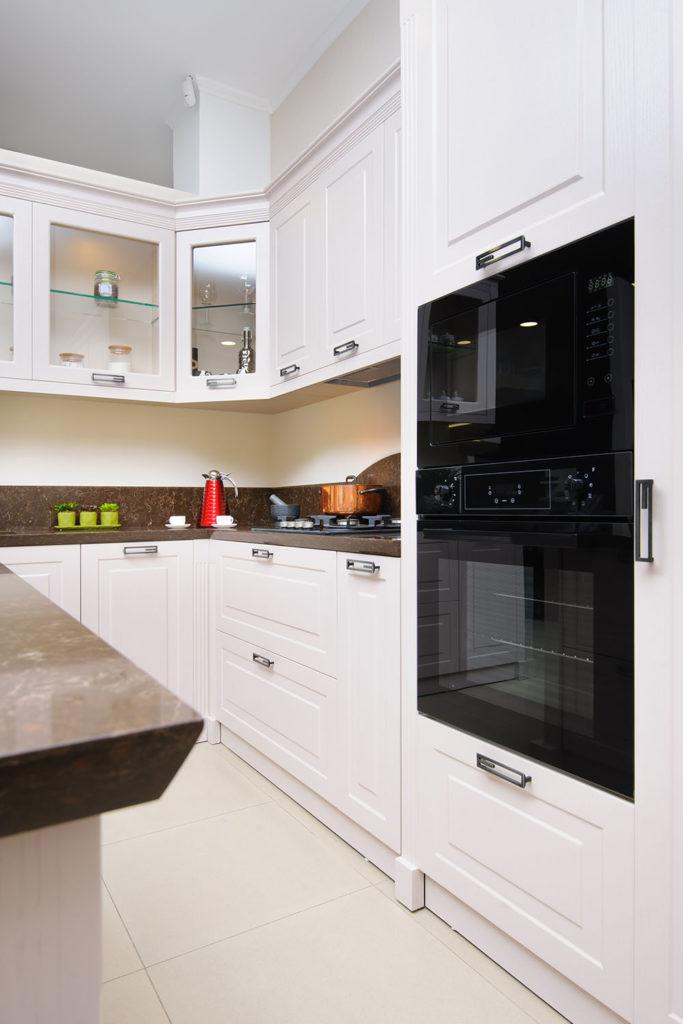 Teyo Diseños: cocina clásica blanca