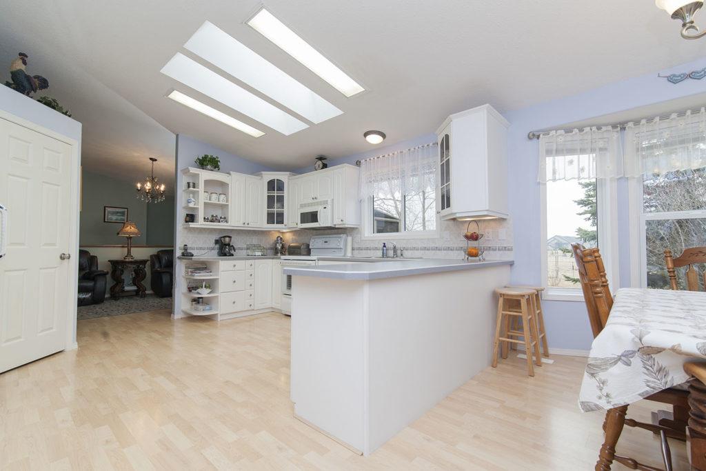 Teyo Diseños: cocina blanca madera